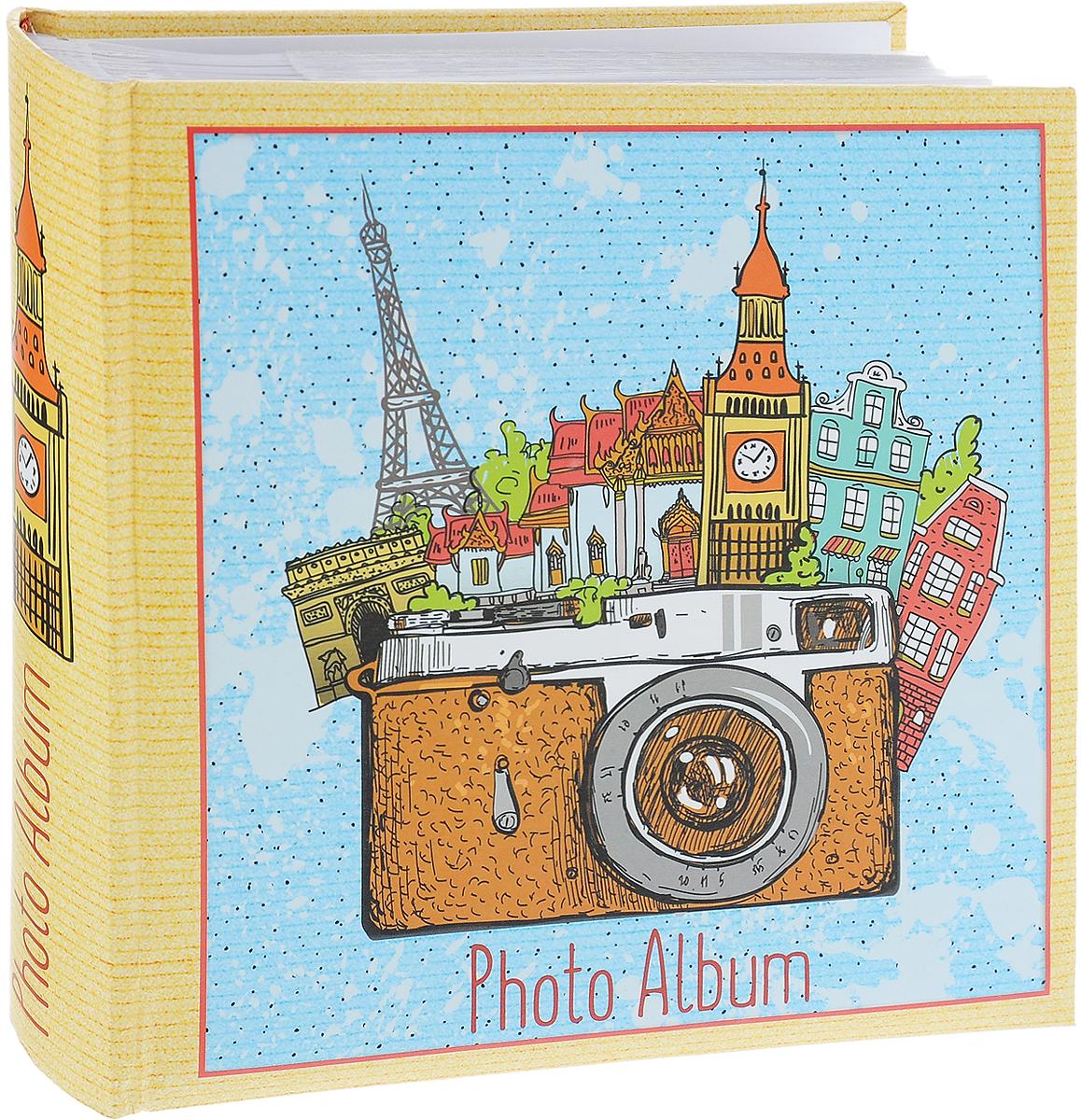 Фотоальбом Magic Home Фототур, цвет: желтый, голубой, коричневый, на 200 фотографий, 10 х 15 см74-0120Фотоальбом Magic Home Фототур поможет красиво оформить ваши самые интересные фотографии. Обложка, выполненная из толстого картона, оформлена красивым изображением. Внутри содержится блок из 50 белых листов с фиксаторами-окошками из полипропилена. Альбом рассчитан на 200 фотографий формата 10 х 15 см (по 2 фотографии на странице). Переплет - книжный. Фотоальбом имеет поля для записей, что позволит подписать фотографии. Нам всегда так приятно вспоминать о самых счастливых моментах жизни, запечатленных на фотографиях. Поэтому фотоальбом является универсальным подарком к любому празднику. Количество листов: 50 шт.Размер фотоальбома: 22 х 22 см.