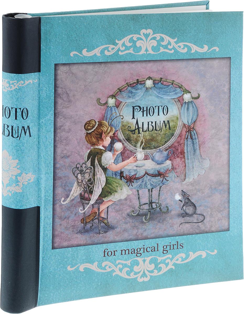 Фотоальбом Magic Home Волшебное чаепитие, цвет: бирюзовый, розовый, черный, на 20 фотографий, 28,9 x 20,6 смБрелок для ключейФотоальбом Magic Home Волшебное чаепитие поможет красиво оформить ваши самые интересные фотографии. Обложка, выполненная из толстого картона, оформлена красивым изображением. Внутри содержится блок из 10 белых листов с креплением на гребне. Альбом рассчитан на 20 фотографий формата 28,9 x 20,6 см. Нам всегда так приятно вспоминать о самых счастливых моментах жизни, запечатленных на фотографиях. Поэтому фотоальбом является универсальным подарком к любому празднику. Количество листов: 10 шт.Размер фотоальбома: 29 х 24 см.