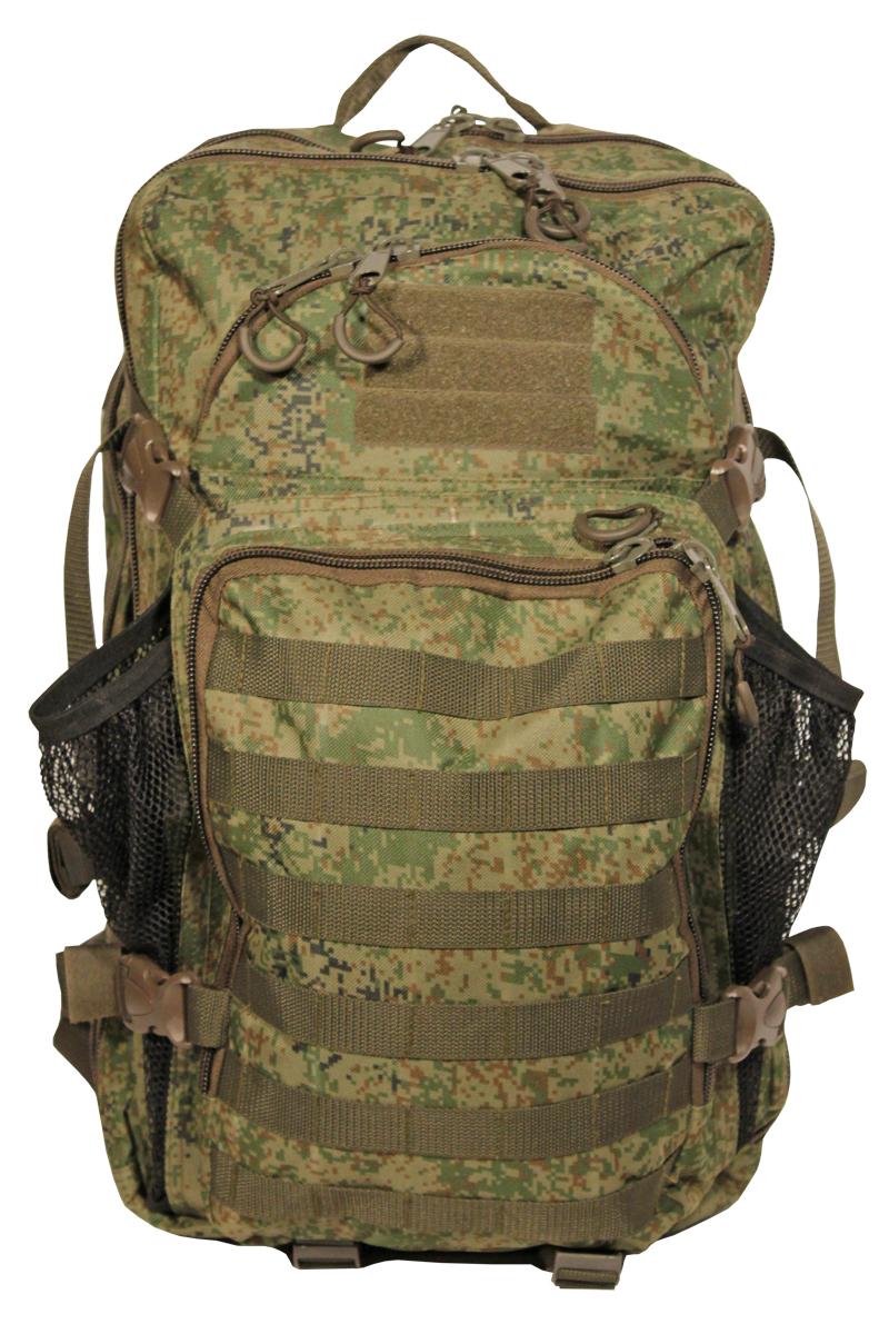 Рюкзак тактический Woodland Armada - 4, цвет: камуфляж, 35 л67742Тактические рюкзаки идеально подойдут для охоты и рыбалки, туристических путешествий, походов.Рюкзаки изготовлены из высококачественной ткани Oxford 600 с пропиткой для защиты от проникновения влаги.Вместительность модели регулируется компрессионными боковыми ремнями на фастексах. Плотная спинка с мягкими вставками Airmesh и длина плечевых ремней обеспечивают комфорт и равномерное распределение нагрузки. Усиленная конструкция молнии и пластиковой фурнитуры обеспечит надежную эксплуатацию в самых экстремальных условиях.Особенности:- два вместительных отделения- компрессионные утяжки по бокам и снизу- два фронтальных отделения.- дополнительное открывающееся отделение- поясной ремень для распределения нагрузки.Объем 35 л.Цвет: камуфляж цифраМатериал: полиэстер 100%