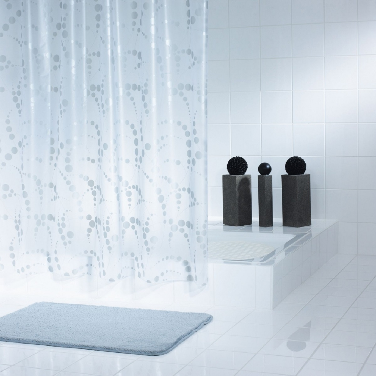 Штора для ванной комнаты Ridder Dots, цвет: серый, 180 х 200 см18013Штора для ванной комнаты Ridder Dots, изготовленная из высококачественного полиэтиленвинилацетата, приятна на ощупь, устойчива к разрывам и проколам, не пропускает воду. Изделие декорировано ярким рисунком с изображением кругов.Штора надежно защитит от брызг и капель пространство вашей ванной комнаты в то время, пока вы принимаете душ, а привлекательный дизайн шторы наполнит вашу ванную комнату положительной энергией.