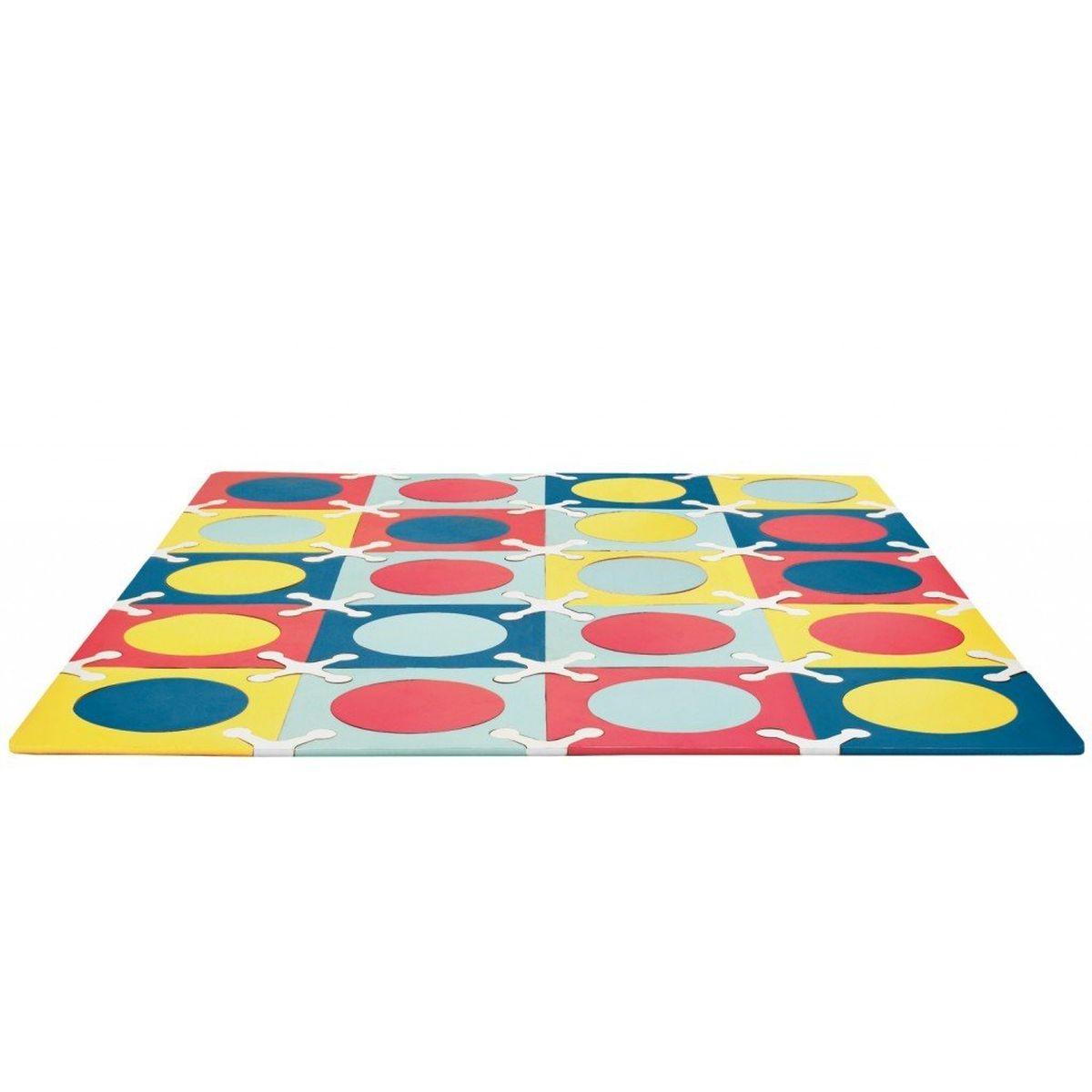 Playspot – это мягкий напольный коврик-пазл, предназначенный для создания безопасной и комфортной игровой зоны малыша и развития его творческих способностей. Собирайте. Играйте. Переставляйте. С помощью стимулирующих расцветок, различных вариантов сочетания цветов Playspot навсегда преобразит игровое пространство малыша, создавая яркую, безопасную и комфортную поверхность для игр.
