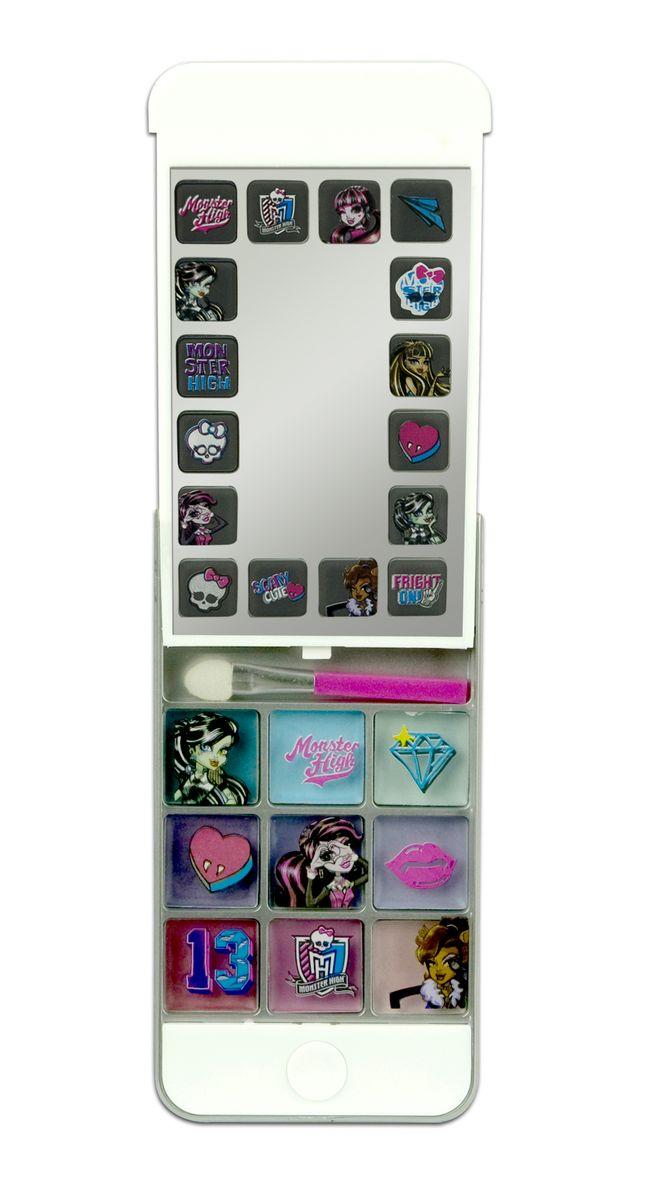 Markwins Игровой набор детской декоративной косметики Monster High iPhone 59601151С набором декоративной косметики Markwins Monster High девочка сможет создать яркий, стильный образ! Футляр выполнен в виде iPhone 5 и оформлен в стиле всем известного мультсериала Школа Монстров. В набор входит палитра кремовых теней, а также удобный аппликатор для их нанесения. Косметику очень легко наносить и смывать, она совершенно безопасна для детской кожи.Детская косметика Markwins создана с соблюдением самых высоких европейских стандартов безопасности. Продукция не содержит парабенов, метилизотиазолинона, пальмового масла. Предназначена для детей от 7 лет. Несмотря на высокое качество продукции и ее общую гипоаллергенность, производитель рекомендует проверить индивидуальную реакцию на косметику перед ее использованием. Просто нанесите на кожу немного косметики и подержите 30-60 минут. Если на коже появится покраснение, следует прекратить использование продукции. Эта аллергическая реакция проявляется очень редко и зависит от индивидуальных особенностей организма.Условия хранения: хранить при температуре от +5 до +25 градусов; не допускать попадания прямых солнечных лучей.