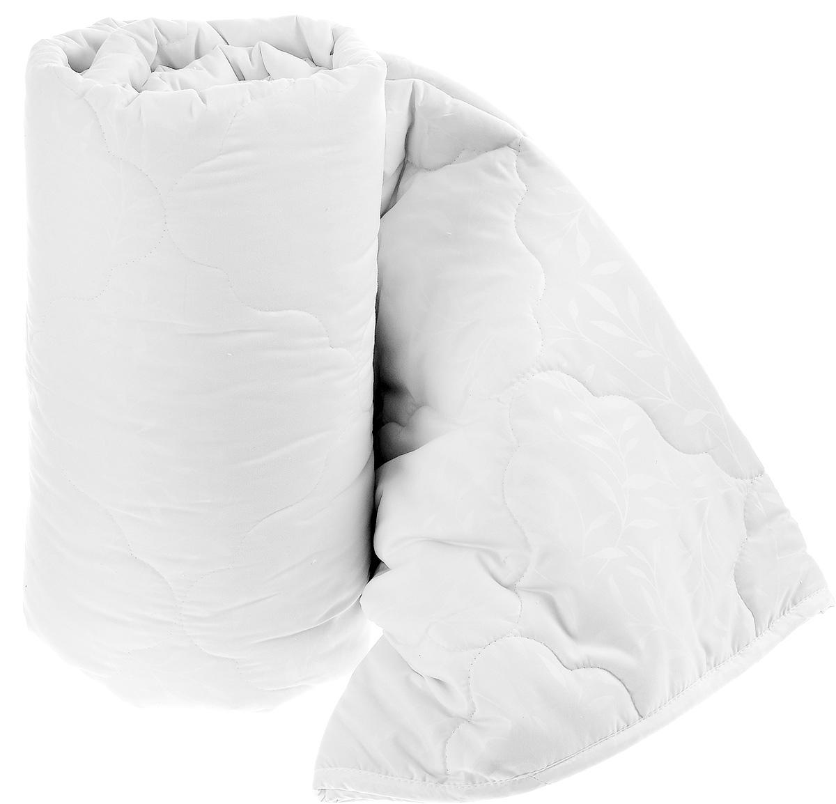 Одеяло Sova & Javoronok, наполнитель: верблюжья шерсть, микрофибра, цвет: белый, 200 х 220 см100-49000000-60Чехол одеяла Sova & Javoronok выполнен из высококачественной микрофибры (100%полиэстера). Наполнитель одеяла изготовлен из верблюжьей шерсти и полиэфирного волокна. Стежка надежно удерживает наполнитель внутри и не позволяет ему скатываться. Особенности наполнителя:- исключительные терморегулирующие свойства;- высокое качество прочеса и промывки шерсти;- великолепные ощущения комфорта и уюта. Верблюжья шерсть обладает целебными качествами, содержит наиболее высокий процент ланолина (животного воска), который является природным антисептиком и благоприятно воздействует на организм по целому ряду показателей: оказывает благотворное действие на мышцы, суставы, позвоночник, нормализует кровообращение, имеет профилактический эффект при заболевания опорно-двигательного аппарата. Кроме того, верблюжья шерсть антистатична. Шерсть верблюда сохраняет прохладу в период жаркого лета и удерживает тепло во время суровой зимы. Одеяло упакована в прозрачный пластиковый чехол на змейке с ручкой, что является чрезвычайно удобным при переноске.Рекомендации по уходу:- Стирка запрещена,- Нельзя отбеливать. При стирке не использовать средства, содержащие отбеливатели (хлор),- Не гладить. Не применять обработку паром,- Химчистка с использованием углеводорода, хлорного этилена,- Нельзя выжимать и сушить в стиральной машине.