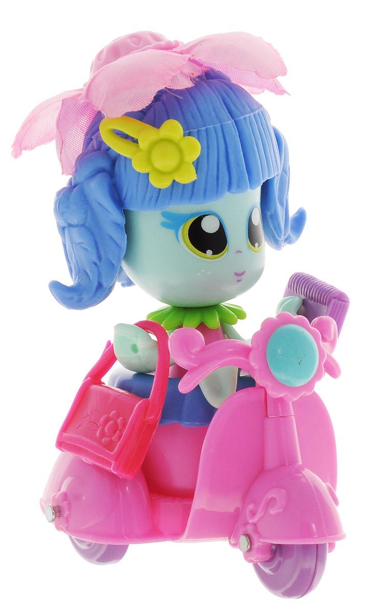 Daisy Игровой набор с куклой Цветочек с мопедом мопед