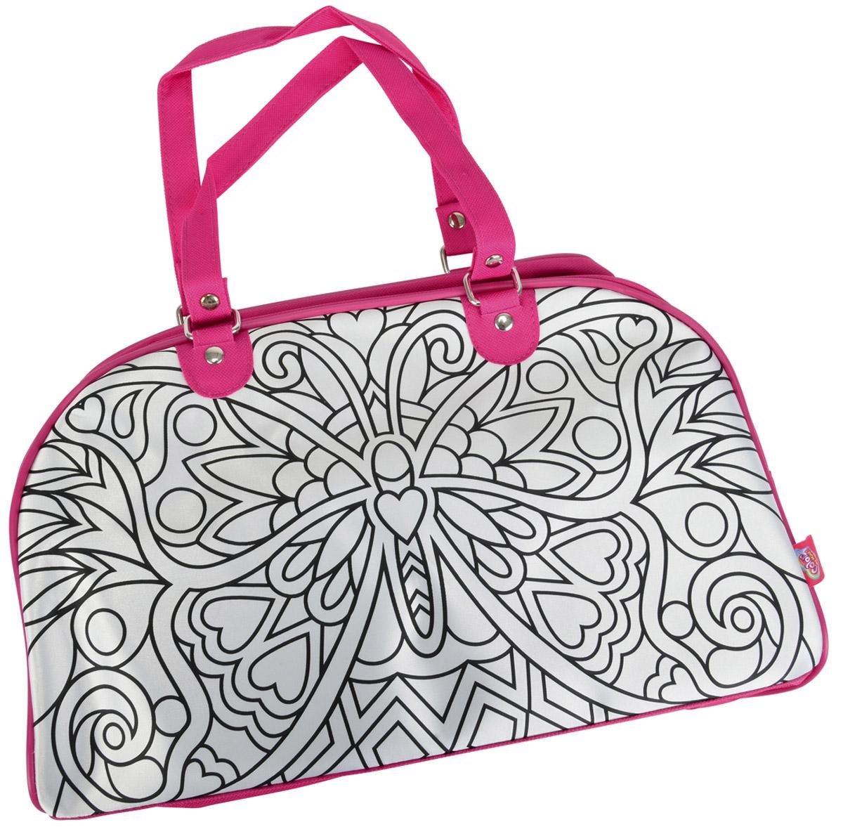 Simba Сумка детская Weekend6371461Замечательная и необычная сумочка Simba Weekend станет чудесным творческим подарком для вашей девочки. Изначально на стороны сумочки нанесен черно-белый контур нарисованной бабочки. В наборе с сумочкой прилагаются 5 перманентных водостойких маркеров, которыми ваша малышка может раскрасить свою сумочку так, как захочет, дав волю своей фантазии и творческому порыву. Один из маркеров отличается от остальных - рисунок, нанесенный им способен менять свой цвет в зависимости от освещения!Сумка не предназначена для стирки. Для очистки используйте влажную ткань и мягкое мыло.Данный набор ориентирован на развитие у детей творческих навыков и придания им индивидуальности.