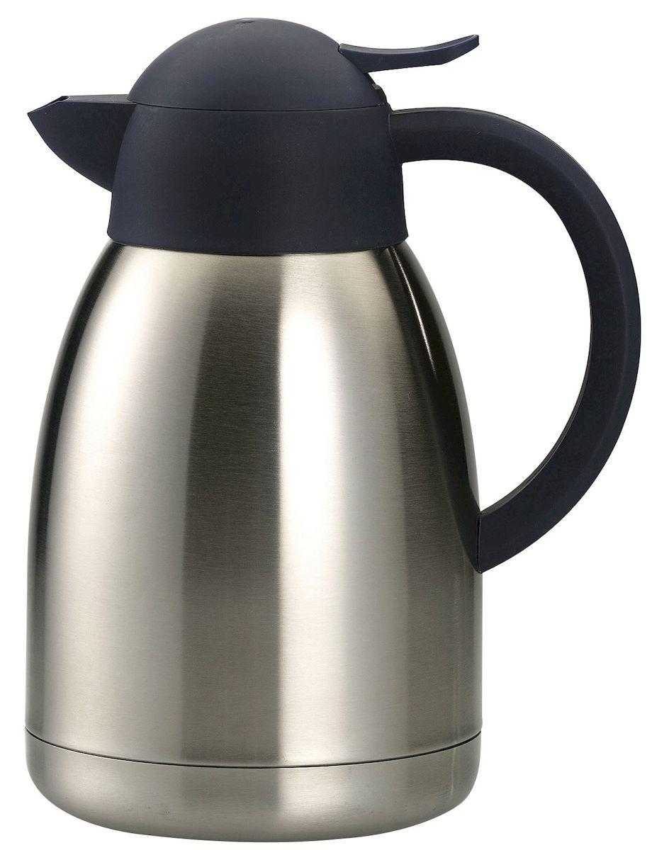 Кувшин термос Axentia, 1,5 л115510Термос Axentia, изготовленный из нержавеющей стали с двойными стенками, является простым в использовании, экономичным и многофункциональным. Изделие выполнено в виде кувшина, оснащенного удобной ручкой и носиком для слива жидкости. Термос предназначен для хранения горячих и холодных напитков (чая, кофе) и укомплектован крышкой с кнопкой. Такая крышка удобна в использовании и позволяет, не отвинчивая ее, наливать напитки после простого нажатия. Легкий и прочный термос Axentia сохранит ваши напитки горячими или холодными надолго.