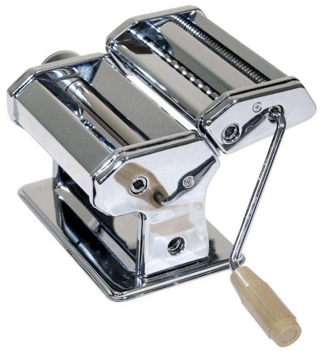 Машинка Axentia для нарезания итальянской лапши. 224773FA-5125-1 BlueМашина ручная Axentia для нарезания итальянской лапши - спагетти, фетучини и листов лазаньи. Ширина - 14,5 см. материал: хромированная сталь. ТРИ барабана для разных видов лапши. Крепление к столу в комплекте. Упаковка: красочная картонная коробка.