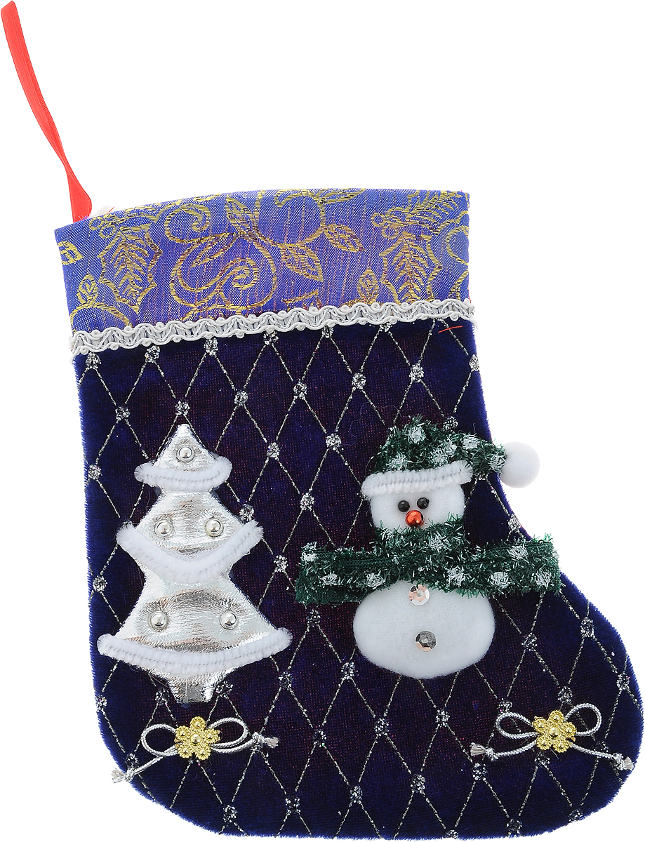 Украшение новогоднее подвесное Winter Wings Носок. Снеговик, цвет: синий, 25 х 20 см44158Украшение новогоднее подвесное Winter Wings Носок. Снеговик выполнено из ткани в виде носка с изображением Снеговика и елки. В мешочек можно спрятать подарки. С помощью специальной петельки украшение можно повесить в любом понравившемся вам месте. Новогодние украшения несут в себе волшебство и красоту праздника. Они помогут вам украсить дом к предстоящим праздникам и оживить интерьер по вашему вкусу. Создайте в доме атмосферу тепла, веселья и радости, украшая его всей семьей.