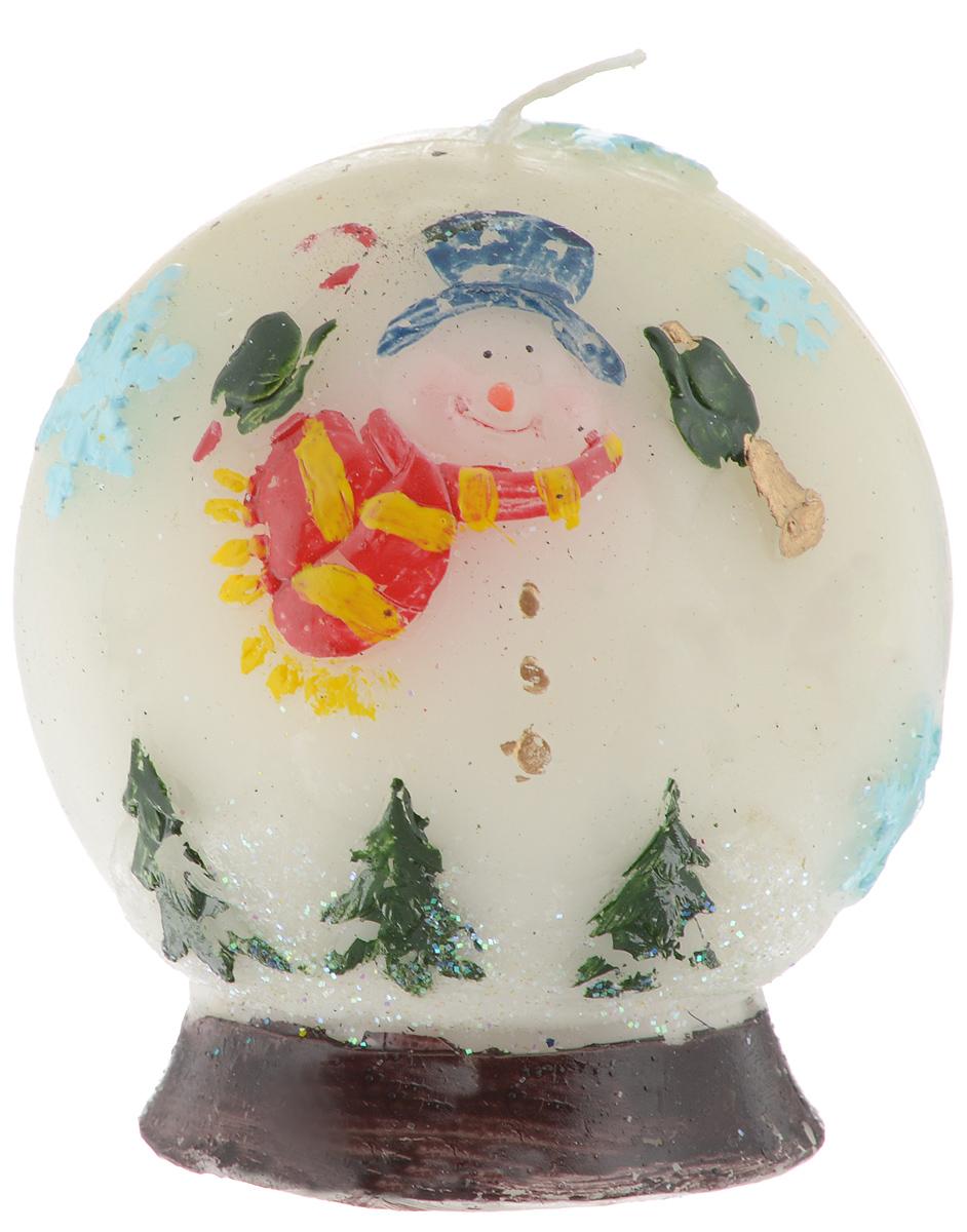 Свеча Winter Wings Новогодние герои, 8,5 х 8,5 х 9,5 см40227_белыйСвеча Winter Wings Новогодние герои, изготовленная из парафина с блестками, станет прекрасным украшением интерьера помещения в преддверии Нового года. Такая свеча создаст атмосферу таинственности и загадочности и наполнит ваш дом волшебством и ощущением праздника. Хороший сувенир для друзей и близких.