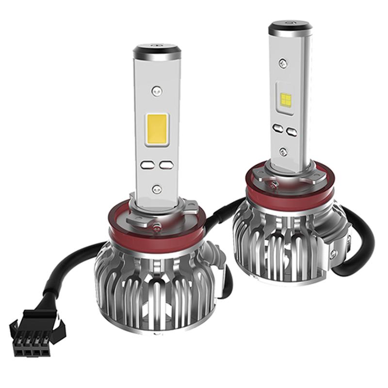 Лампа автомобильная светодиодная Clearlight, цоколь H11, 2800 Лм, 2 штCLLED28H11Светодиодная LED лампы Clearlight предназначены для установки в фары ближнего, дальнего и противотуманного света. Основные преимущества: Большая величина светового потока (более 2000 лм) позволяет лучше осветить дорогу и другие объекты, находящиеся перед автомобилем Незначительное энергопотребление (20–30 Вт) снижает нагрузку на генератор и аккумулятор Отсутствие стеклянной колбы и нити накаливания делает их более устойчивыми к ударам и вибрациям Длительный срок службы (до 30 тысяч часов) позволяет реже задумываться о замене мгновенное включение и выключение обеспечивает удобство использования