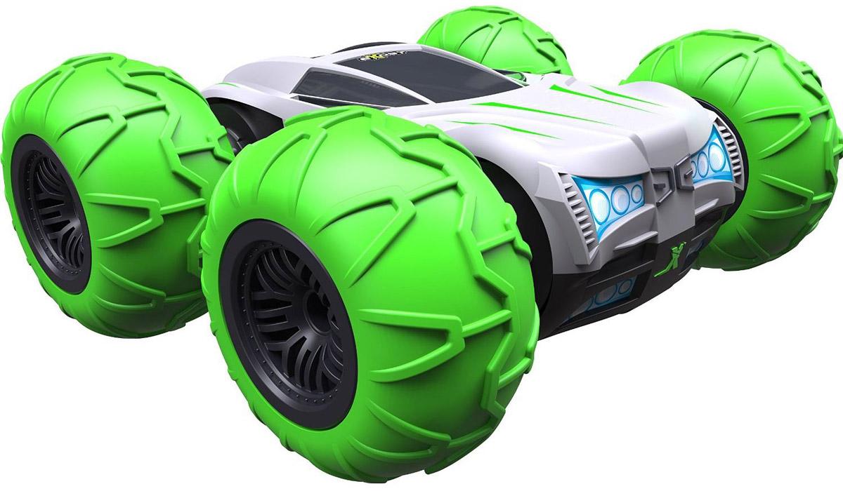 """Машина на радиоуправлении Silverlit """"360 Торнадо"""" - это машинка-перевёртыш. Это значит, что она одинаково хорошо ездит в обычном положении и вверх тормашками. Кроме того, этот внедорожник в масштабе 1:10 может вращаться на одном месте на 360°. Шины машинки довольно большие, они выступают за бамперы автомобиля, поднимаются значительно выше корпуса, - таким образом, защищая пластиковый кузов игрушки от ударов о землю и препятствия. В комплекте идет насос для подкачки шин, с его помощью можно регулировать степень амортизации. Машинка быстро развивает скорость до 15 км/ч. При резком старте игрушка может перевернуться вверх тормашками и продолжить движение в таком виде. Модель """"360 Торнадо"""" предназначена для игры на улице. Радиус действия пульта управления составляет 20 м. Одновременно до 10 игроков могут управлять автомобилями, сигнал при этом не будет пропадать. Для работы игрушки необходимы 8 батареек типа АА напряжением 1,5V (товар комплектуется..."""