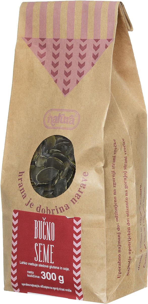Zito Natura Семена тыквы очищенные, 300 г3400304Тыква заслуженно популярна в словенской кухне. Ее любят за вкус и возможность использовать в различных блюдах и в сочетании с другими продуктами, среди которых самый известный - масло семян тыквы. Высушенные семена тыквы содержат изобилие витаминов и минеральных веществ, особенно железа, ненасыщенных жирных кислот (омега-3) и белков.Семена тыквы Zito Natura рекомендуется добавлять в салаты, супы, каши, мюсли, а также в различные мучные изделия.Может содержать следы глютена и сои.