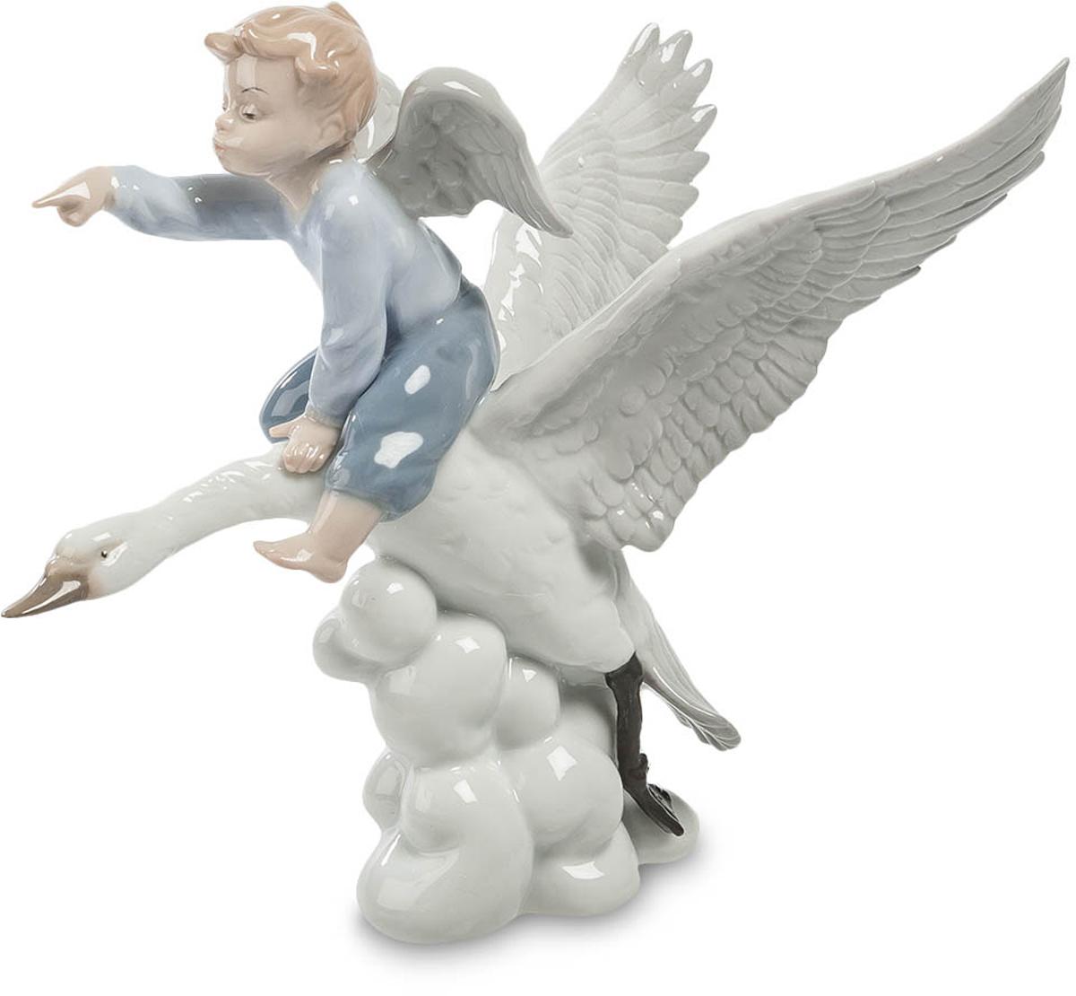 Фигурка Pavone Ангел. JP-22/ 210850/1W GOLD IVORYФигурка Ангела высотой 19 см.Верхом на птице рассекает облака повелитель небес!