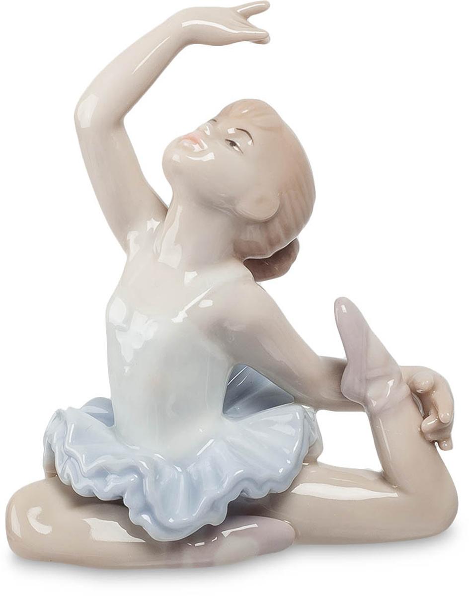 Фигурка Pavone Балерина. JP-27/15THN132NФигурка Балерины высотой 9.5 см.Великие танцоры велики не из-за их техники, они велики из-за их страсти.