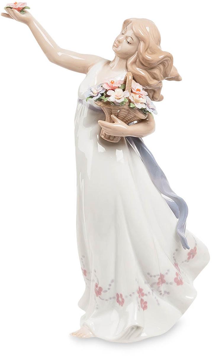 Фигурка Pavone Девушка с цветами. JP-29/2274-0120Фигурка Девушки высотой 20 см.Милейшее существо с цветами, сама милость!