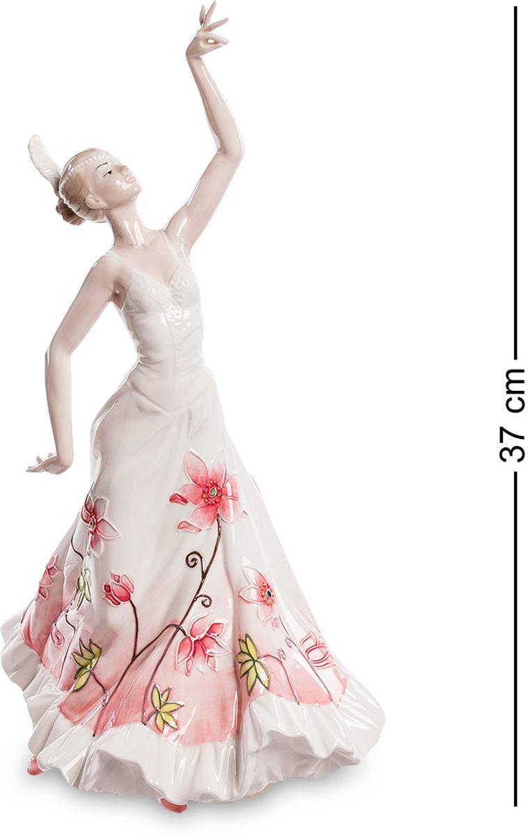 Статуэтка Pavone Танцовщица. JP-764/13PARIS 75015-8C ANTIQUEСтатуэтка Девушки высотой 37 см.Кармен танцует вальс и сальсу лучше в северной Италии.Статуэтка Танцовщица – необычная фигурка. Она изящна и грациозна. Фигурка сможет стать удивительным подарком для балерин или танцовщиц, для людей творческих и талантливых. Платье танцовщицы развивается в танце, ее руки настолько грациозны, что, кажется, будто она кружиться в удивительном танце. Кроме того, ее платье безумно нежное и изысканное, легкое и простое. Все детали проработаны просто удивительно. Перед нами предстает изысканная тонкая натура. Поэтому статуэтка поразит своей красотой любого.
