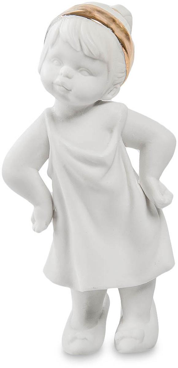 Фигурка Pavone Девочка. JP-48/12THN132NФигурка Девочки высотой 11 см.Мамины туфли на дочке - признак хорошего примера!