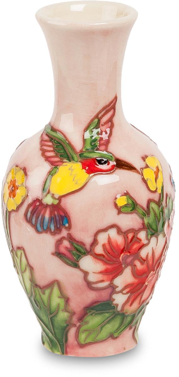 Вазочка Pavone Гармония. JP-97/35FS-91909Ваза высотой 10 см.Изумительная фарфоровая ваза итальянского производителя Pavone – это необходимый подарок близким, друзьям и коллегам. Для ее изготовления используется современный и качественный фарфор. Она великолепно дополнит коллекцию предпочтителя фарфоровых изделий. Ваза упакована в праздничную коробку.
