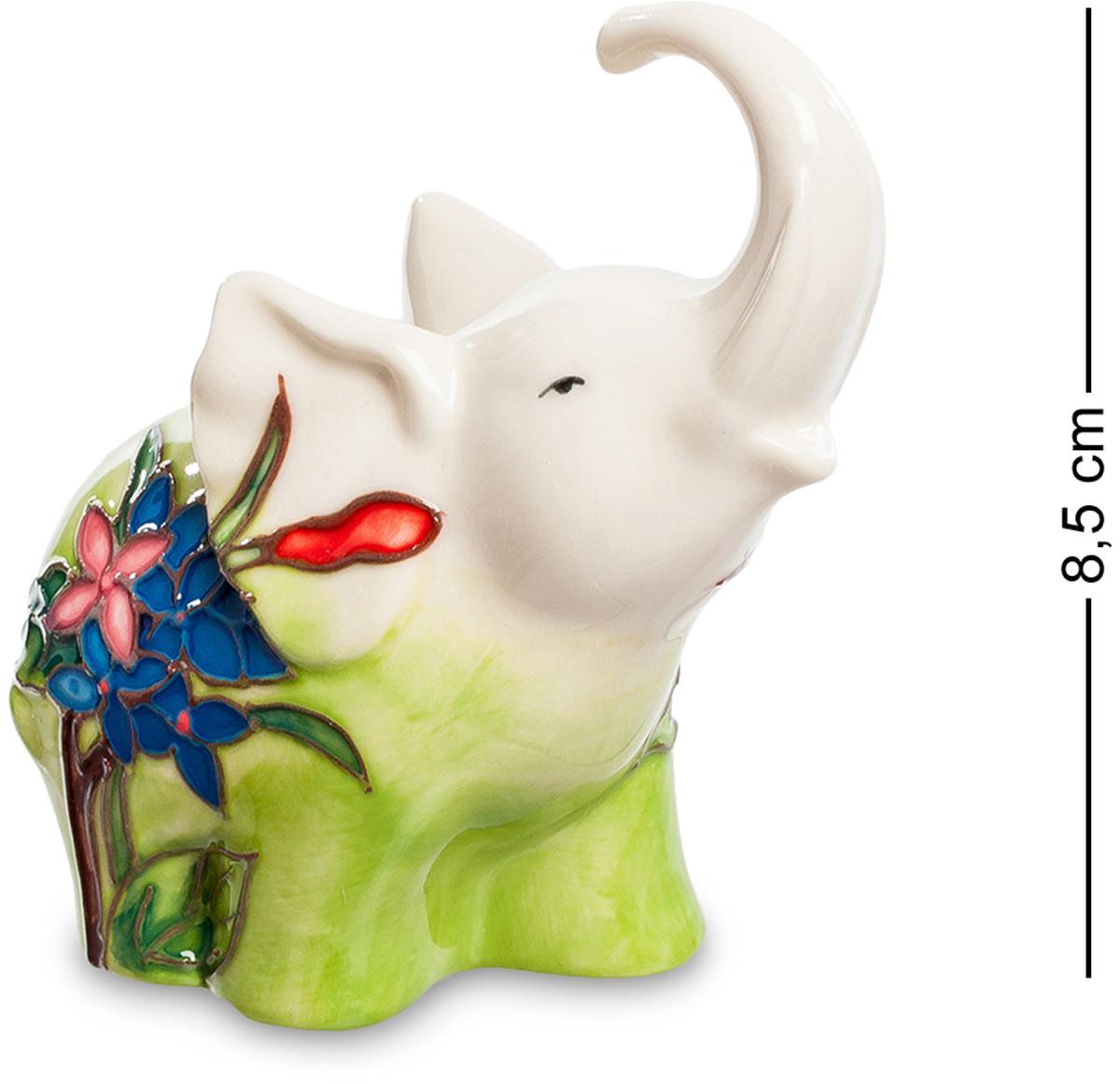 Фигурка Pavone Слоник. JP-11/4641619Фигурка Слона высотой 8.5 см.Когда маленький слонёнок зовёт маму, его зов слышно на другом конце сафари!