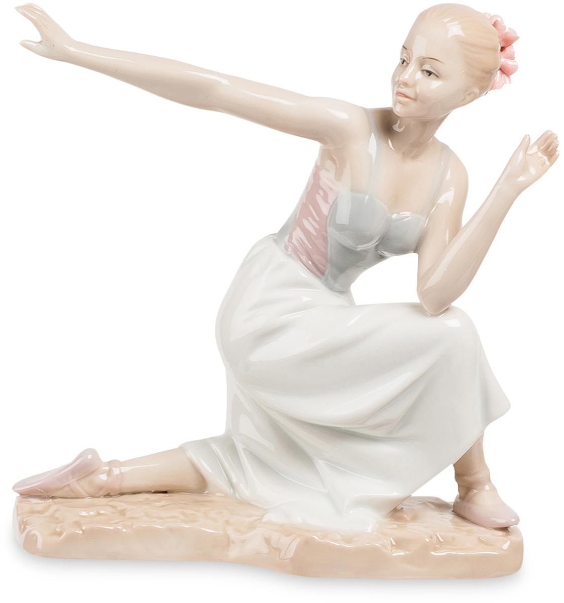 Статуэтка Pavone Балерина. JP-27/29THN132NВ танце — мощь, в танце — величие Земли, он твой — бери целиком.