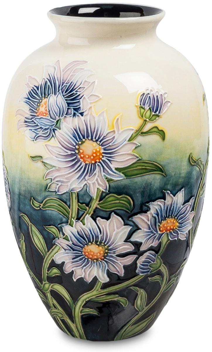 Ваза Pavone Хризантема. JP-98/ 254 009312Роскошная ваза Хризантема изготовлена из фарфора высококлассными мастерами Pavone. Флористический дизайн изделия выполнен в неброских пастельных оттенках. Ваза великолепно впишется в любой интерьерный стиль, особенно, в классику и романтизм. Подарит ощущение пребывания в палисаднике, усаженном цветами. Ваза Хризантема мысленно перенесет в атмосферу теплого летнего дня. Станет восхитительным украшением домашней обстановки. Фарфоровая ваза идеальна для подарка дорогому человеку.