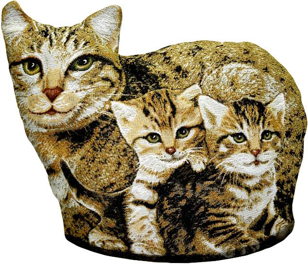 Подушка декоративная Рапира Мурка с котятами, 40 х 50 смRC-100BWCДекоративная подушка с наполнителем холлофайбер в форме кошки - это яркий штрих в интерьере комнаты. Оборотная сторона - гобелен (жаккардовое ткачество) с рисунком шкуры, повторяющим окраску кошки.Чехол не снимается.