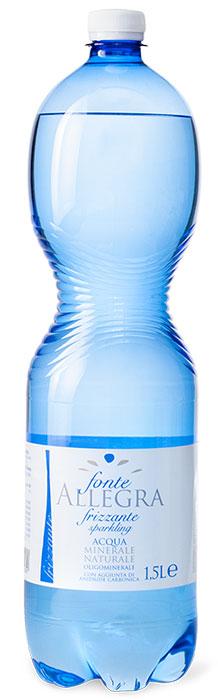 Fonte Allegra вода минеральная газированная, 1,5 лA0295Источники Allegra и Tavina - это чистые родниковые воды из древнего ледникового бассейна Ломбардии, Альпийских склонов, расположенных в природном парке Альто-Гарда. На протяжении многих лет фирма стремительно развивается, гарантируя высокое качество и гибкую систему производства, которая позволяет быстро реагировать на новые требования потребителей. Подходит для диет, с низким содержанием натрия;• Стимулирует пищеварение;• Подходит для грудных детей;• Подходит для приготовления пищи для младенцев;• Подходит для спортсменов и людей с активным образом жизни.Сбалансированная концентрация микроэлементов: магний, кальций,фтор, калий, бикарбонат, оксид кремния.