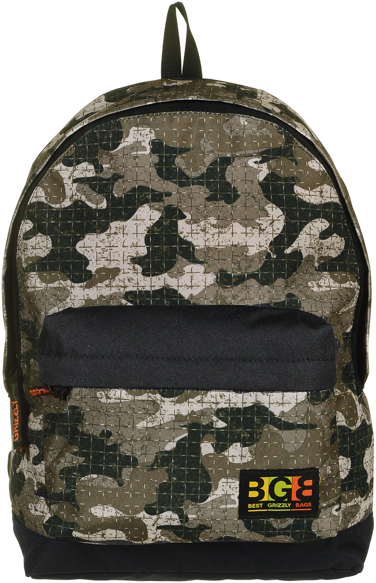 Рюкзак городской Grizzly, цвет: камуфляж, 18 л. RU-704-4/4УТ-000067031Молодежный рюкзак выполнен из высококачественного полиэстера с клетчатым принтом камуфляж. В рюкзаке расположено одно основное отделение, которое закрывается на круговую застежку-молнию с двумя бегунками. Внутри рюкзака есть мягкий карман для планшета с дополнительным вшитым карманом на застежке-молнии.Снаружи, с фронтальной стороны расположен объемный карман на застежке-молнии. Рюкзак оснащен укрепленной спинкой, дополнительной ручкой-петлей, широкими лямками, которые регулируются по длине.Самовыражение - одна из базовых потребностей современного человека. Оригинальные, яркие, остромодные рюкзаки от Grizzly наилучшим образом подчеркнут вашу креативность, индивидуальность и неповторимый стиль!