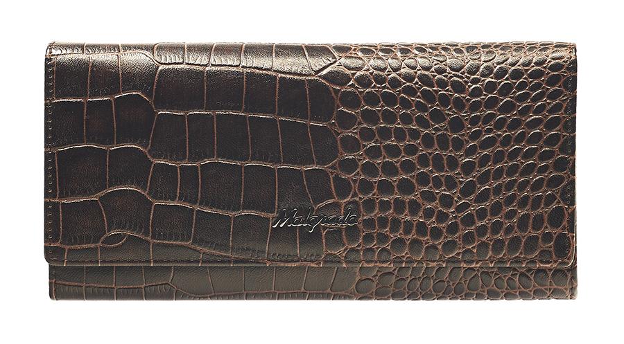 Кошелек Malgrado, цвет: кофейный. 72032-3-17202W16-11128_323Стильный кошелек Malgrado выполнен из лаковой натуральной кожи кофейного цвета с декоративным тиснением под рептилию, застегивается клапаном на кнопку. Внутри содержит один горизонтальный карман для бумаг, девять кармашков для кредитных карт, отделение на замке-защелке для мелочи и три отделения для купюр. Кошелек упакован в подарочную металлическую коробку с логотипом фирмы. Такой кошелек станет замечательным подарком человеку, ценящему качественные и практичные вещи. Характеристики:Материал: натуральная кожа, текстиль, металл. Размер кошелька: 19 см х 10 см х 3 см. Цвет: кофейный.Размер упаковки: 23 см х 13 см х 4,5 см. Артикул: 72032-3-17202.