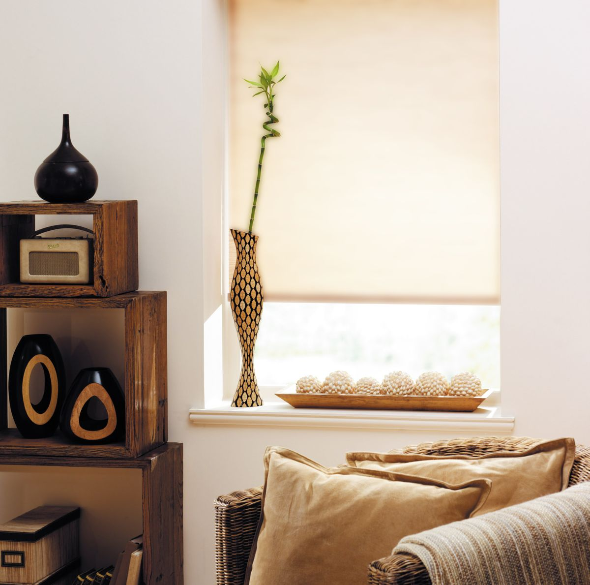 """Штора рулонная для балконной двери Эскар """"Миниролло"""", цвет: бежевый лен, ширина 62 см, высота 215 см"""