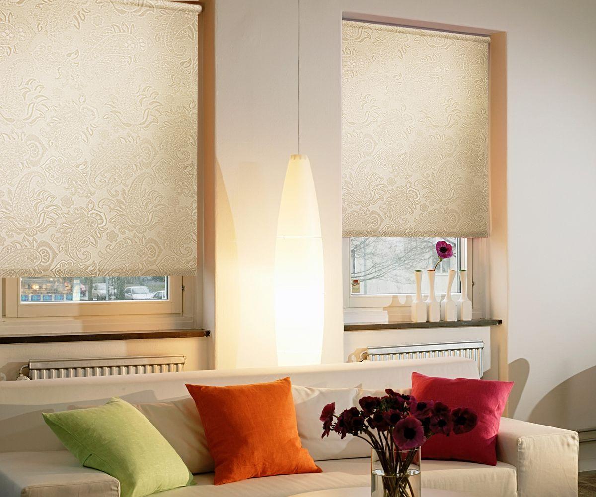Штора рулонная для балконной двери Эскар Миниролло. Арабеска, фактурная, цвет: молочный, ширина 52 см, высота 215 см10503Рулонная штора Эскар Миниролло. Арабеска выполнена из высокопрочной ткани, которая сохраняет свой размер даже при намокании. Ткань не выцветает и обладает отличной цветоустойчивостью.Миниролло - это подвид рулонных штор, который закрывает не весь оконный проем, а непосредственно само стекло. Такие шторы крепятся на раму без сверления при помощи зажимов или клейкой двухсторонней ленты. Окно остается на гарантии, благодаря монтажу без сверления. Такая штора станет прекрасным элементом декора окна и гармонично впишется в интерьер любого помещения.