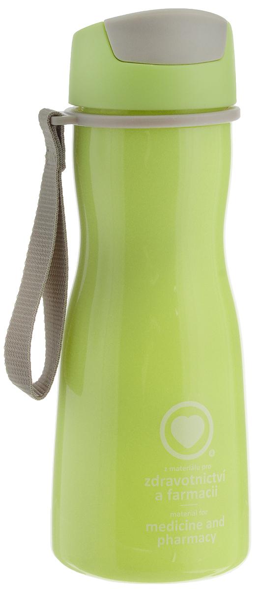 Бутылка для воды Tescoma Purity, цвет: салатовый, серый, 500 мл891980.25Стильная бутылка для воды Tescoma Purity, изготовленная из высококачественного пластика, оснащена съемным текстильным ремешком и крышкой с силиконовым уплотнителем, которая плотно и герметично закрывается, сохраняя свежесть и изначальную температуру напитка. Изделие прекрасно подойдет для использования в жаркую погоду: вода долго сохраняет первоначальные свойства и вкусовые качества. При необходимости в бутылку можно наливать витаминизированные напитки, фруктовые соки, чай или протеиновые коктейли.Такую бутылку можно без опаски положить в рюкзак, закрепить на поясе или велосипедной раме. Она пригодится как на тренировках, так и в походах или просто на прогулке.Бутылку разрешено кипятить и мыть в посудомоечной машине.Изделие можно использовать в холодильнике и микроволновой печи. Ремешок и крышку не рекомендуется мыть в посудомоечной машине.Диаметр горлышка бутылки: 5 см.Высота бутылки (без учета крышки): 18,7 см.Длина ремешка: 11 см.