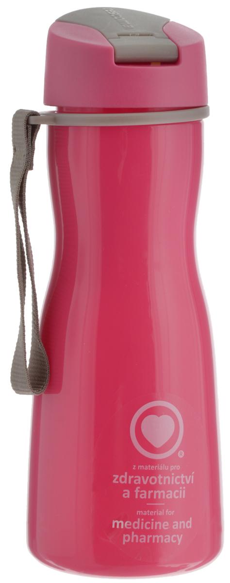 Бутылка для воды Tescoma Purity, цвет: розовый, серый, 500 млAS009Стильная бутылка для воды Tescoma Purity, изготовленная из высококачественного пластика, оснащена съемным текстильным ремешком и крышкой с силиконовым уплотнителем, которая плотно и герметично закрывается, сохраняя свежесть и изначальную температуру напитка. Изделие прекрасно подойдет для использования в жаркую погоду: вода долго сохраняет первоначальные свойства и вкусовые качества. При необходимости в бутылку можно наливать витаминизированные напитки, фруктовые соки, чай или протеиновые коктейли.Такую бутылку можно без опаски положить в рюкзак, закрепить на поясе или велосипедной раме. Она пригодится как на тренировках, так и в походах или просто на прогулке.Бутылку разрешено кипятить и мыть в посудомоечной машине.Изделие можно использовать в холодильнике и микроволновой печи. Ремешок и крышку не рекомендуется мыть в посудомоечной машине.Диаметр горлышка бутылки: 5 см.Высота бутылки (без учета крышки): 18,7 см.Длина ремешка: 11 см.