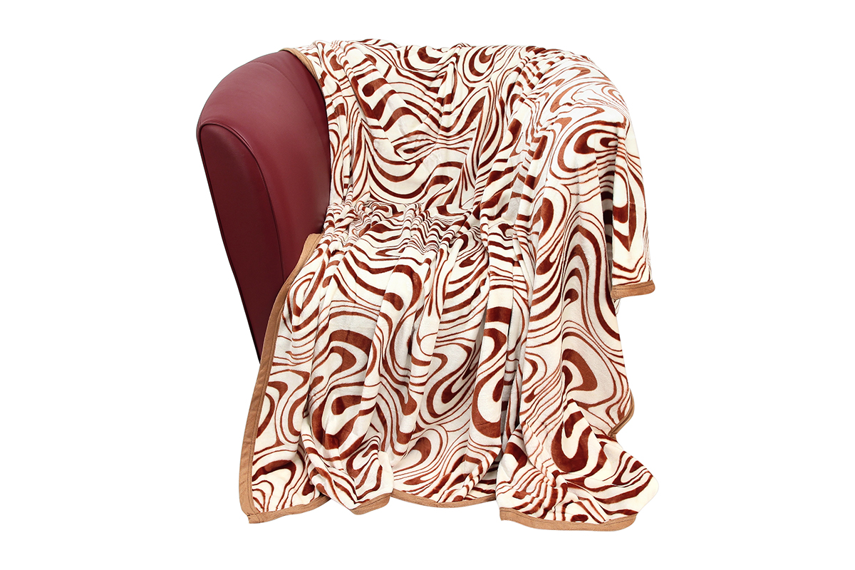 Плед EL Casa Зебра, цвет: белый, оранжевый, 200 х 230 смES-412Уютный, легкий и прочный плед в оригинальном дизайне послужит украшением декора вашей комнаты и согреет вас и ваших близких.Устойчив к истиранию и скатыванию, не мнется, не деформируется, сохранит первоначальный вид даже при активном использовании и многочисленных стирках. Такой плед идеален в качестве подарка на любой праздник. Изделие в подарочной сумке с ручками.Плотность - 320 г/м2.