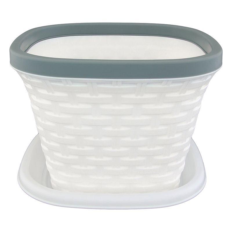 Кашпо квадратное Violet Ротанг, с поддоном, цвет: белый, 1,3 л531-401Квадратное кашпо, выполненное из пластика, прекрасно подойдет для выращивания трав и цветов. Имитирующее плетение из ротанга кашпо имеет поддон.Объём кашпо: 1,3 л.