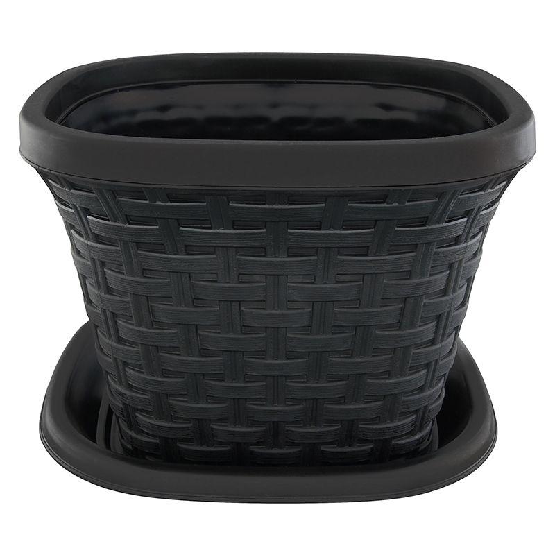 Кашпо квадратное Violet Ротанг, с поддоном, цвет: черный, 2,6 л531-103Квадратное кашпо, выполненное из пластика, прекрасно подойдет для выращивания трав и цветов. Имитирующее плетение из ротанга кашпо имеет поддон.Объём кашпо: 2,6 л.