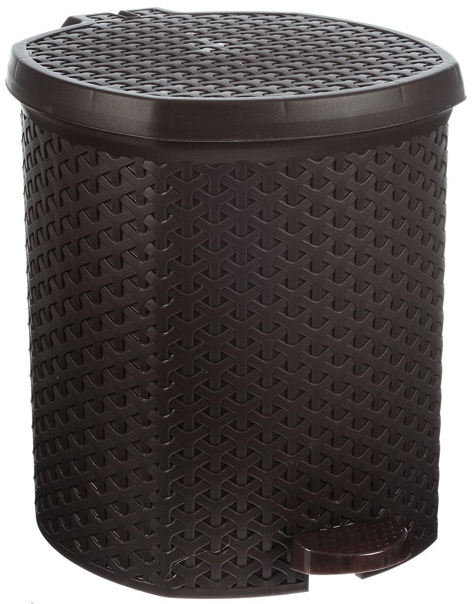 Контейнер для мусора Magnolia Home, с педалью, цвет: коричневый, 12 л97526Мусорный контейнер Magnolia Home очень удобен в использовании как дома, так и в офисе. Изделие, выполненное из прочного пластика, не боится ударов. Контейнер оснащен педалью, с помощью которой можно открытькрышку. Закрывается крышка практически бесшумно, плотно прилегает, предотвращаяраспространение запаха. Внутри пластиковая емкость для мусора, которую при необходимости можно достать из контейнера. Интересный дизайн разнообразит интерьер кухни и сделает его более оригинальным.