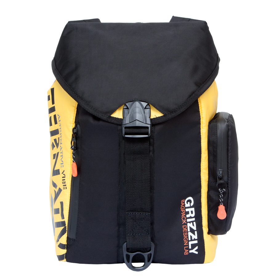 Рюкзак городской Grizzly, цвет: черный, желтый, 16 л. RU-615-1/2RU-615-1/2Стильный рюкзак Grizzly выполнен из полиэстера и таслана, оформлен оригинальным принтом и символикой бренда.Рюкзак содержит одно вместительное отделения, которое закрывается затягивающимся шнуром. Внутри отделения есть карман на застежке-молнии. Снаружи, сбоку изделия, расположен объемный карман. Лицевая сторона изделия дополнена двумя врезным карманами на молнии. Верх рюкзака соединяется с основной частью с помощью фастекса. Рюкзак оснащен спинкой с усиленной вставкой, петлей для подвешивания, двумя практичными лямками, которые регулируются по длине.Практичный рюкзак станет незаменимым аксессуаром и вместит в себя все необходимое.