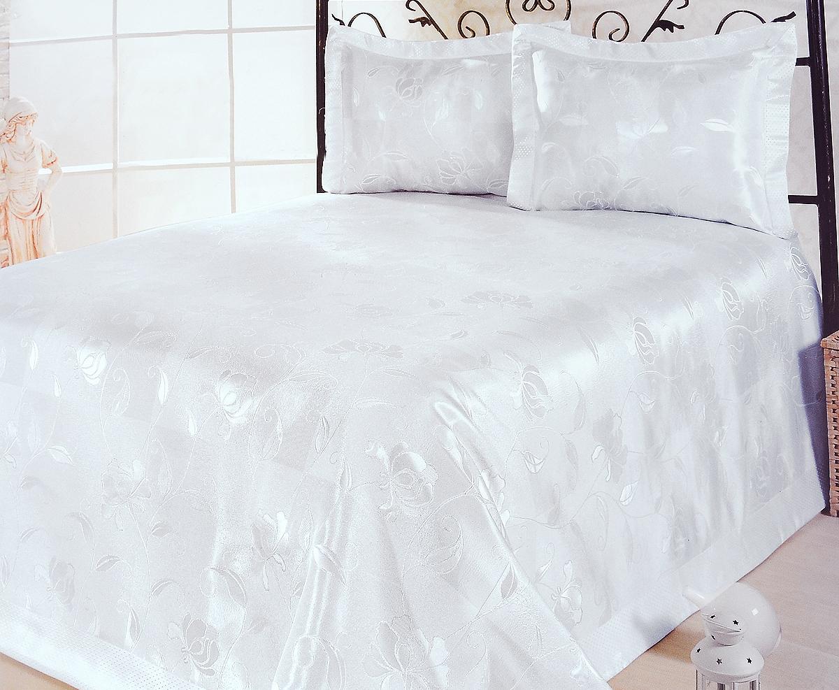 Комплект для спальни Karna Nazsu. Akasya: покрывало 240 х 260 см, 2 наволочки 50 х 70 см, цвет: белый811/1/CHAR003Изысканный комплект для спальни Karna Nazsu. Akasya состоит из покрывала и двух наволочек. Изделия выполнены из высококачественного полиэстера (50%) и хлопка (50%), легкие, прочные и износостойкие. Ткань блестящая, что придает ей больше роскоши. Комплект Karna Nazsu. Akasya - это отличный способ придать спальне уют и комфорт, а также позволит по-королевски украсить интерьер. Размер покрывала: 240 х 260 см.Размер наволочки: 50 х 70 см.
