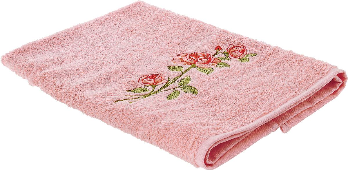Полотенце Karna Nora, цвет: светло-розовый, 50 х 70 см68/5/1Полотенце Karna Nora выполнено из высококачественного хлопка и оформлено изящной вышивкой. Изделие очень мягкое, идеально впитывает влагу, не вызывает раздражения. Полотенце после многократных стирок остается мягким и пушистым, сохраняя свой первоначальный вид.Полотенце Karna украсит интерьер в ванной комнате, а также подарит ощущение нежности и удивительного комфорта.