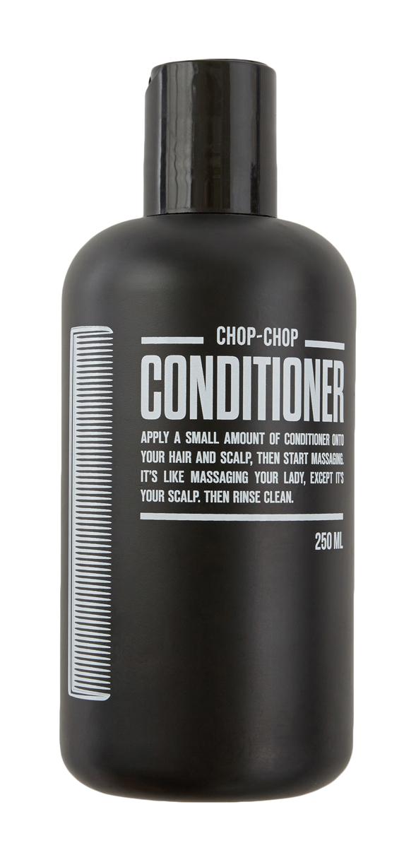 Chop-Chop Кондиционер,250 млFS-00897Средство для дополнительного ухода – кондиционер, смягчающий волосы и созданный, чтобы работать в паре с шампунем CHOP-CHOP. Обладает легким освежающим эффектом. Активные ингредиенты кондиционера:В основе рецептуры кондиционера освежающая композиция из 6 эфирных масел: бодрящий бергамот и лаванда в сочетании с дерзкими лаймом и мятой с добавлением свежего мускатного ореха и эвкалипта. Процентное содержание около 0,5%. Легкий ореховый аромат натурального масла ши отлично дополняет эфирную композицию. Процентное содержание более 3%. Не содержит парабены и формальдегиды.