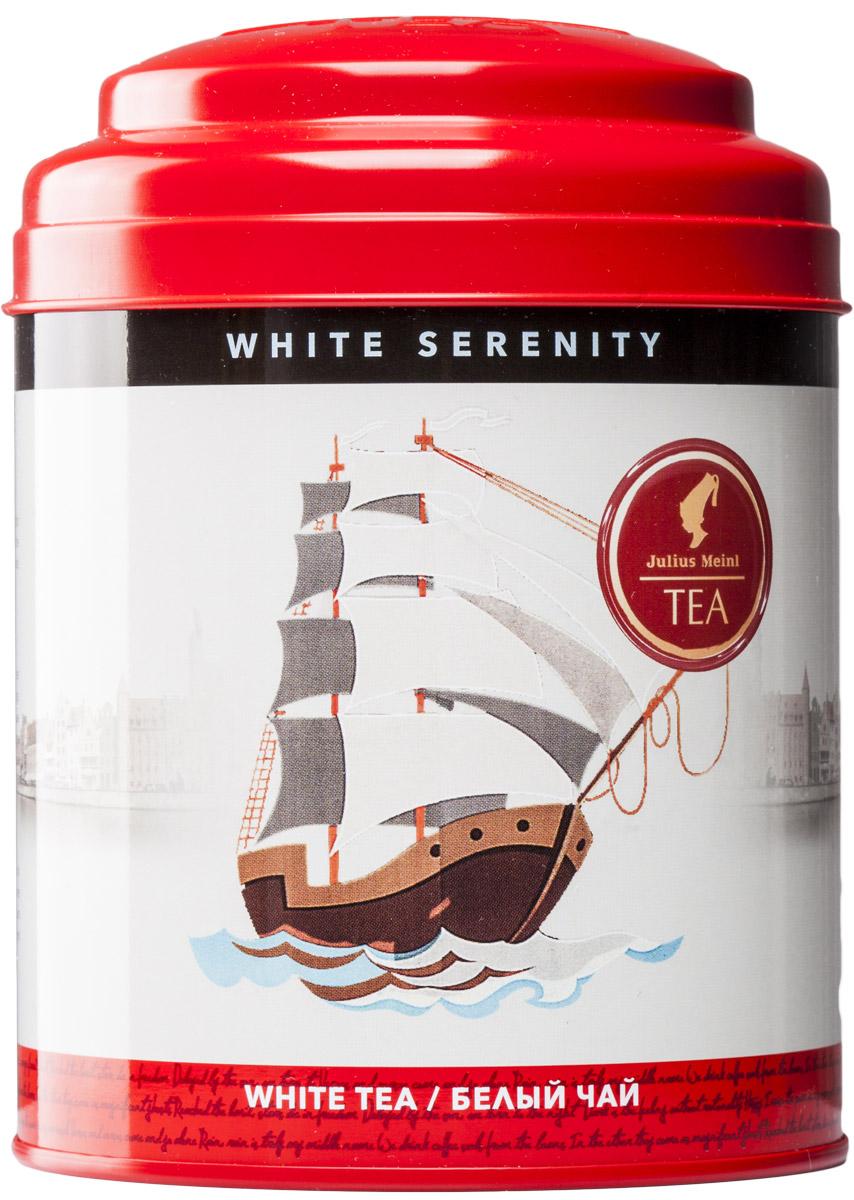 Julius Meinl Безмятежность белый листовой чай с серебряными типсами, 50 г0120710Белый парус на фоне бескрайнего голубого неба, острый нос рассекает морскую гладь — корабль спешит вовремя доставить драгоценный чайный груз. Белый чай – жемчужина Гималайских гор. Легкие и пушистые молодые чайные листочки, как паруса, раздуваемые ветром, помогут вам выбрать правильный курс в жизни, а упоительный аромат придаст сил для новых свершений.
