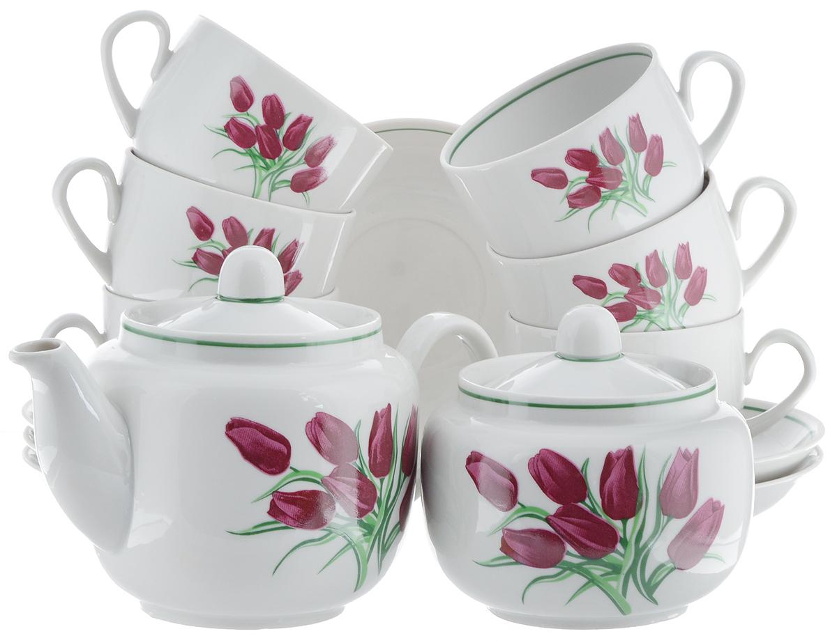 Сервиз чайный Фарфор Вербилок Август. Тюльпаны, 14 предметов4С0372Чайный сервиз Фарфор Вербилок Август. Тюльпаны состоит из 6 чашек, 6 блюдец, сахарницы и заварочного чайника. Изделия выполнены из высококачественного фарфора и оформлены цветочным рисунком. Изящный чайный сервиз прекрасно оформит стол к чаепитию и порадует вас элегантным дизайном и качеством исполнения.Объем чайника: 600 мл.Высота чайника (без учета крышки): 10,5 см.Диаметр чайника (по верхнему краю): 6,5 см.Высота сахарницы (без учета крышки): 8,5 см.Диаметр сахарницы (по верхнему краю): 6,5 см.Объем сахарницы: 500 мл.Объем чашки: 300 мл.Диаметр чашки (по верхнему краю): 8,5 см.Высота чашки: 6 см.Диаметр блюдца: 14 см.Высота блюдца: 2,3 см.