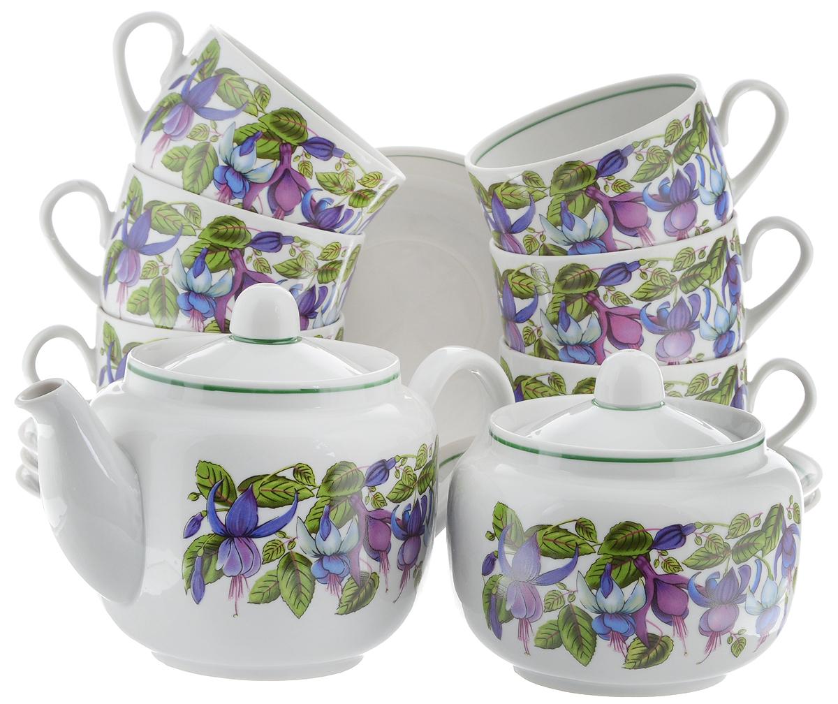 Сервиз чайный Фарфор Вербилок Август. Фуксия, 14 предметовVT-1520(SR)Чайный сервиз Фарфор Вербилок Август. Фуксия состоит из 6 чашек, 6 блюдец, сахарницы и заварочного чайника. Изделия выполнены из высококачественного фарфора и оформлены цветочным рисунком. Изящный чайный сервиз прекрасно оформит стол к чаепитию и порадует вас элегантным дизайном и качеством исполнения.Объем чайника: 600 мл.Высота чайника (без учета крышки): 10,5 см.Диаметр чайника (по верхнему краю): 6,5 см.Высота сахарницы (без учета крышки): 8,5 см.Диаметр сахарницы (по верхнему краю): 6,5 см.Объем сахарницы: 500 мл.Объем чашки: 300 мл.Диаметр чашки (по верхнему краю): 8,5 см.Высота чашки: 6 см.Диаметр блюдца: 14 см.Высота блюдца: 2,3 см.
