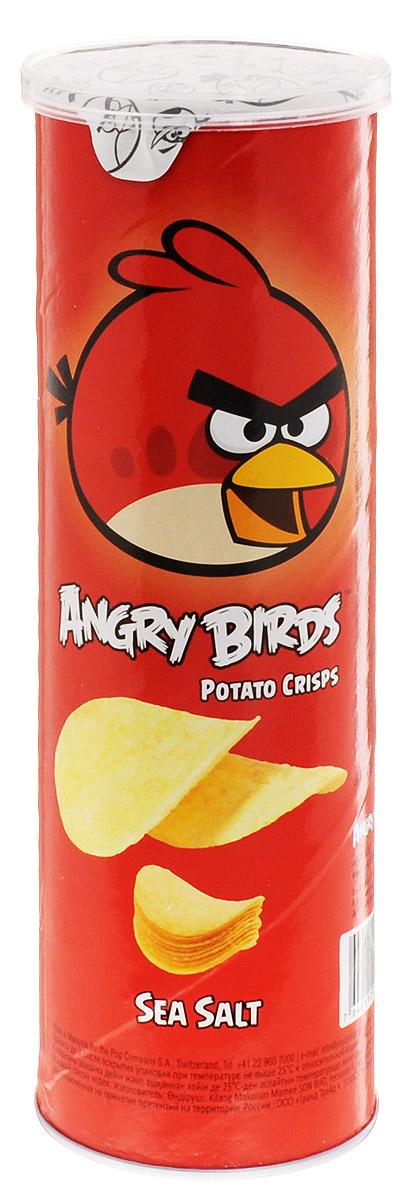 Angry Birds чипсы с морской солью, 100 гSB8046Хрустящая картофельная закуска Angry Birds с настоящей морской солью и тонкими нотками перца составит компанию сидру или пиву. Возьмите с собой на пикник, в дорогу или в кинотеатр! Благодаря удобной тубе они не сломаются и не рассыплются. Рекомендуется подавать с нежными сливочными, медово-горчичными или томатными соусами.