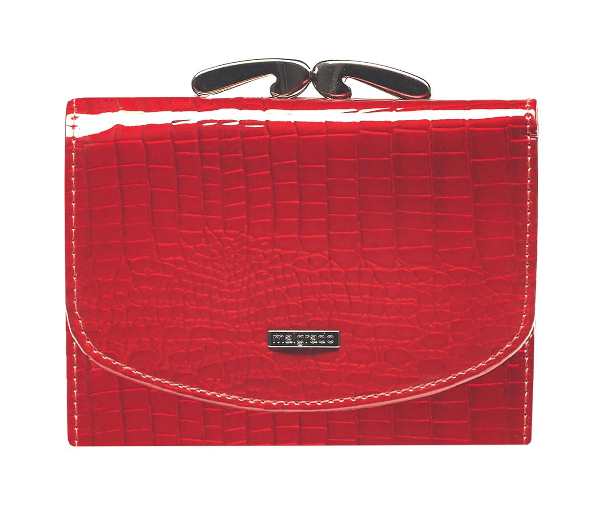 Кошелек женский Malgrado, цвет: красный. 43022-44BM8434-58AEСтильный кошелек Malgrado изготовлен из натуральной кожи красного цвета высшего качества. Внутри два глубоких кармана для купюр, один карман на молнии, два кармашка для визиток, один пластиковый кармашек для фото, два небольших кармашка для разных мелочей, один небольшой кармашек на молнии и карман на кнопке для мелочи. Сзади расположен карман на рамочном замке. Кошелек закрывается на кнопку. Кошелек упакован в коробку из плотного картона с логотипом фирмы. Такой кошелек станет замечательным подарком человеку, ценящему качественные и практичные вещи. Характеристики:Материал: натуральная кожа, текстиль, металл. Размер кошелька: 11 см х 9 см х 2,5 см. Цвет: красный. Размер упаковки: 12,5 см х 11 см х 3,5 см. Артикул: 43022-44.