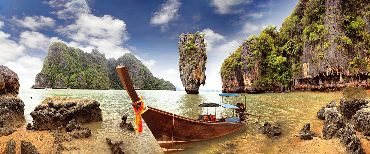 Канвасы Postermarket Остров Джеймса Бонда в Тайланде, 45 х 115 смБрелок для сумкиКанвас - это специальная современная технология печати на холсте. Из любимых фотографий или понравившихся вам изображений, которых в Интернете неограниченное количество, вы можете сделать собственную фотокартину.Холст изготовлен из полиэстера, рамка - из дерева.Размер панно: 450 x 1150 мм.