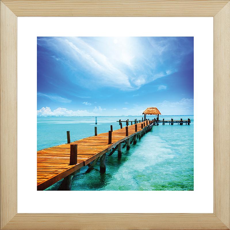 Картина Postermarket Тропический рай, 40 х 40 смDC-3009Картина Postermarket Тропический рай прекрасно подойдет для декора интерьера различных помещений. Постер, выполненный в технике фотопечать, обрамлен паспарту и оформлен багетом бежевого цвета. Картина для интерьера (постер) - это современное и актуальное направление в дизайне помещений. Ее можно использовать для оформления любых помещений (дом, квартира, офис, бар, кафе, ресторан или гостиница). работоспособность. Правильное оформление интерьера создает благоприятный психологический климат, улучшает настроение и мотивирует.Размер картины: 400 x 400 мм.