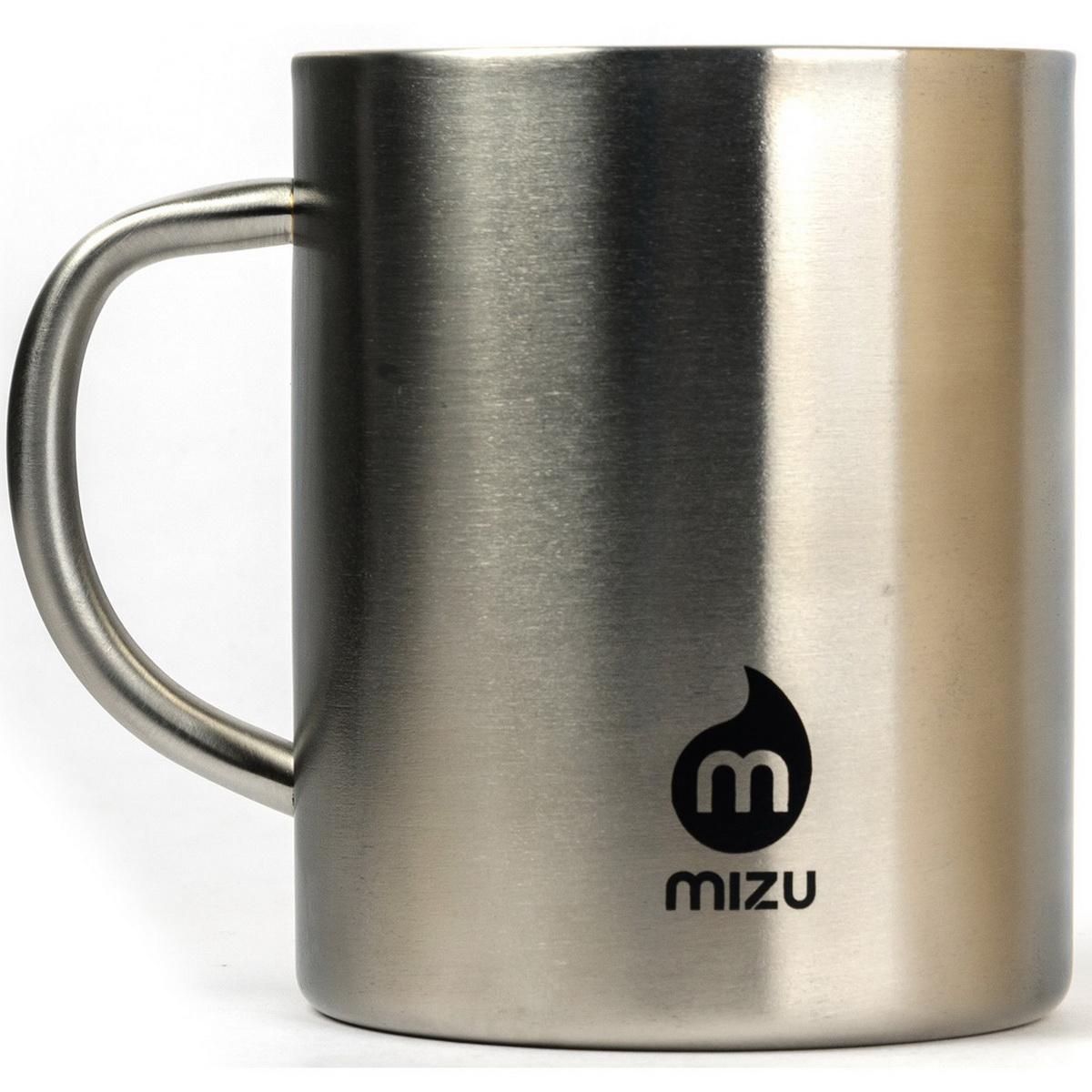 Термокружка Mizu, цвет: стальной, черный, 420 мл738014Кружка Mizu выполнена из пищевой нержавеющей стали. На корпусе - фирменный логотип MIZU. Она пригодится в путешествия, в походах и на рыбалке. Объем: 420 мл. Диаметр: 8,5 см.