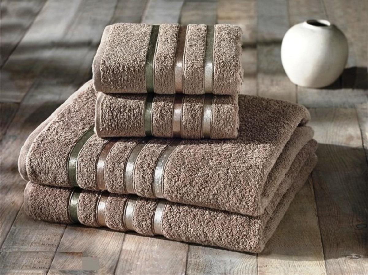 Набор полотенец Karna Bale, цвет: кофейный, 4 шт1092019Набор Karna Bale включает 2 полотенца для лица, рук и 2 банных полотенца. Изделия выполнены из высококачественного хлопка с отделкой в виде полос. Каждое полотенце отличается нежностью и мягкостью материала, утонченным дизайном и превосходным качеством. Они прекрасно впитывают влагу, быстро сохнут и не теряют своих свойств после многократных стирок. Такой набор создаст в вашей ванной царственное великолепие и подарит чувство ослепительного торжества. А также станет приятным подарком для ваших близких или друзей. Набор украшен текстильной лентой.
